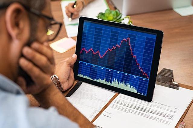 Market on Laptop